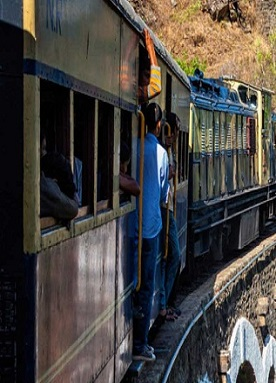 train_from_Kalka_to_Shimla
