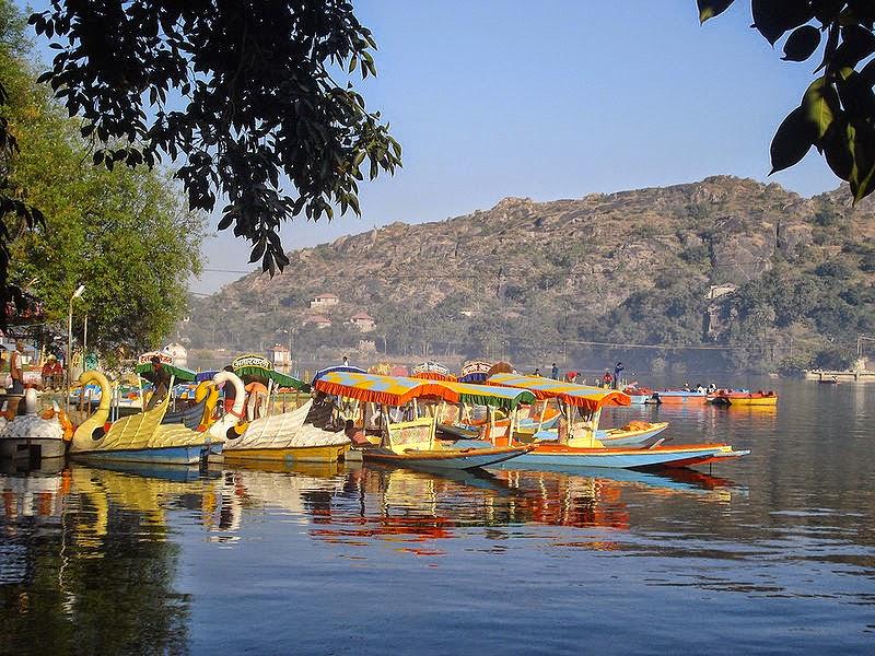 Nakki-Jheel-Mount-Abu-Rajasthan